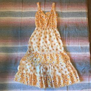 NWOT Maxi Daisy Dress